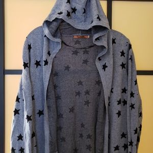 Gray Hooded Cardigan with Star Pattern